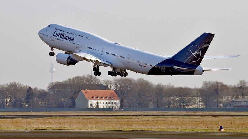 Transport aérien: bénéfice record de 2,73milliards de francs pour Lufthansa en 2017