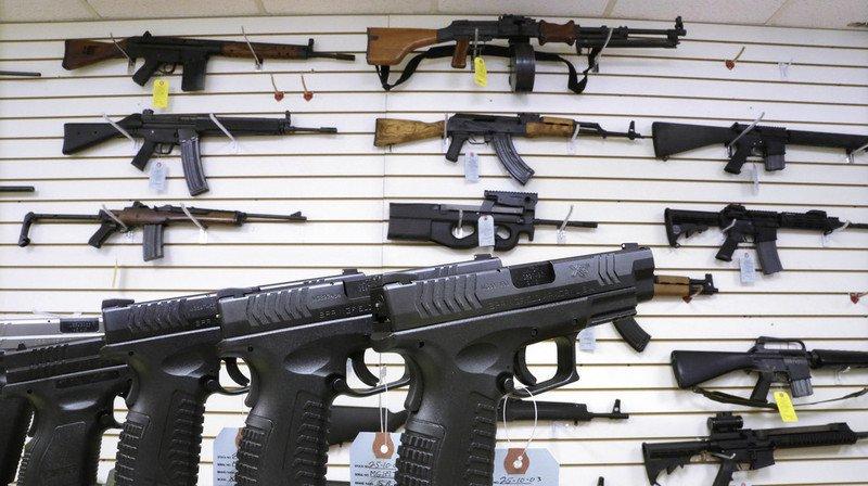 Etats-Unis: la Maison-Blanche veut aider les enseignants à se former aux armes