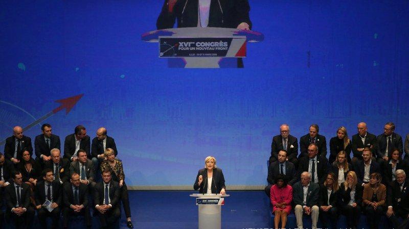 """France: réélue à la tête du Front national, Marine Le Pen veut le rebaptiser en """"Rassemblement national"""""""