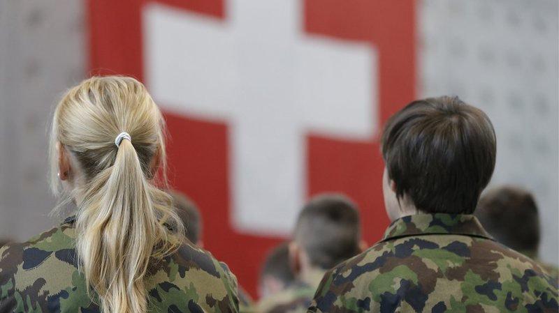 Le National ne veut pas agir davantage contre l'extrémisme au sein de l'armée suisse