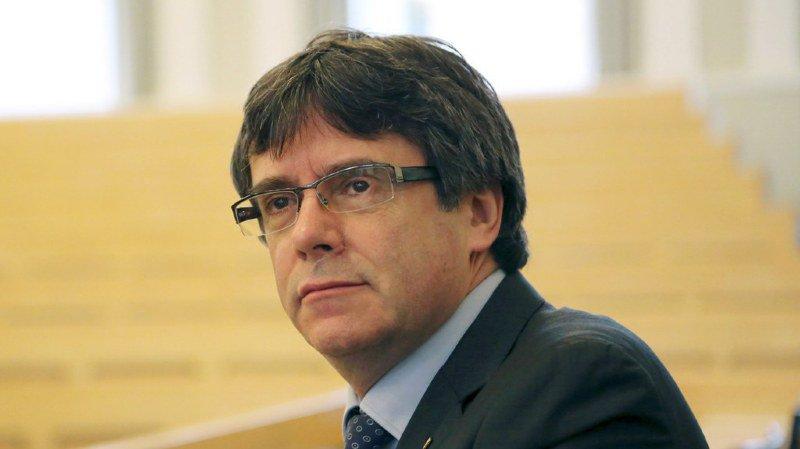 Catalogne: Carles Puigdemont sera présenté lundi à un juge en Allemagne