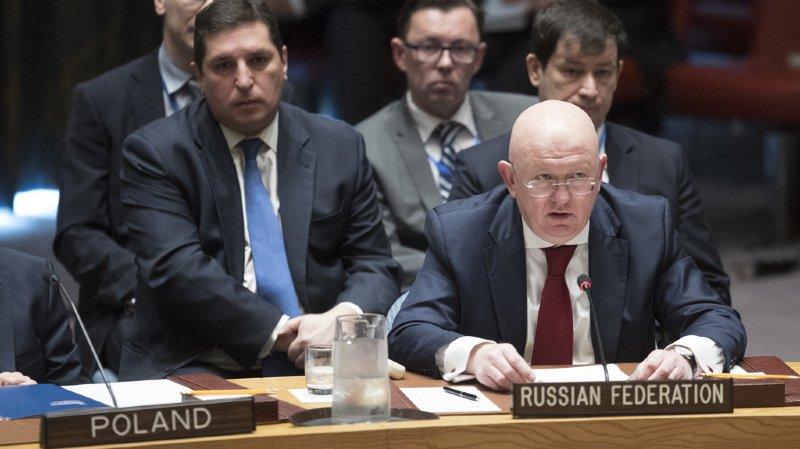 L'ambassadeur russe à l'ONU accuse la coalition entre les Etats-Unis, la France et la Grande-Bretagne d'aggraver la situation humaine en Syrie.