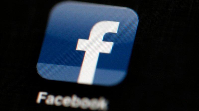 Facebook collecte des données même hors connexion