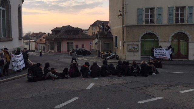 Une manifestation antispéciste a bloqué Aubonne