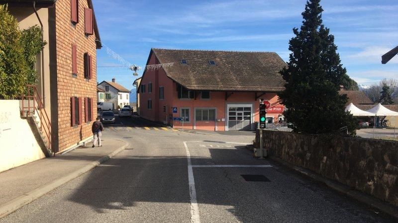 Bussy-Chardonney: le carrefour du centre du village soumis à des feux de circulation