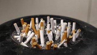 Une loi pro fumeurs dans un climat électrique