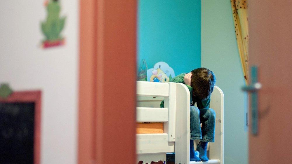 Le placement d'enfants en institution est de deux à trois fois plus fréquent à Neuchâtel que dans les autres cantons romands.