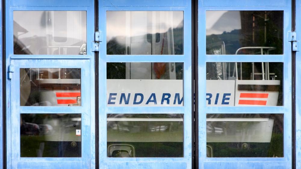 Le bateau neuf et inutilisable de la police cantonale vaudoise.