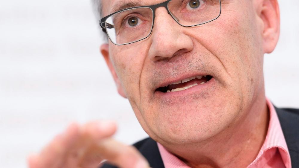 Le conseiller national UDC Pirmin Schwander et les initiants veulent réduire les compétences  des autorités de protection de l'enfant et de l'adulte.