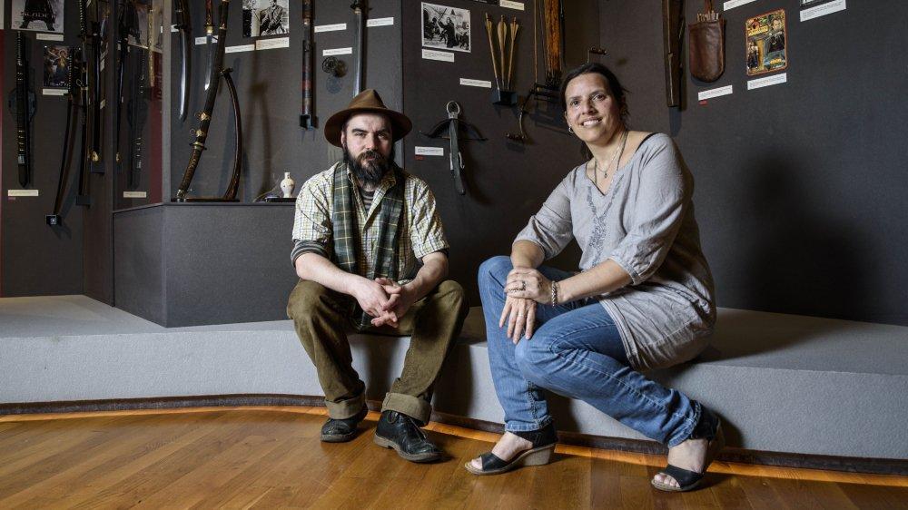Ci-dessus, Nicolas P. Baptiste, commissaire de l'exposition, et sa femme Soline, qui a travaillé avec lui pour ses recherches.