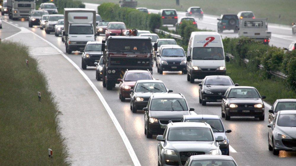 Bénéficier d'une voie supplémentaire pour atteindre Genève ou Nyon est un fantasme de nombreux automobilistes qui subissent quotidiennement les bouchons sur cet axe.  Il faudra encore faire preuve de patience, mais le projet avance plus vite qu'escompté.