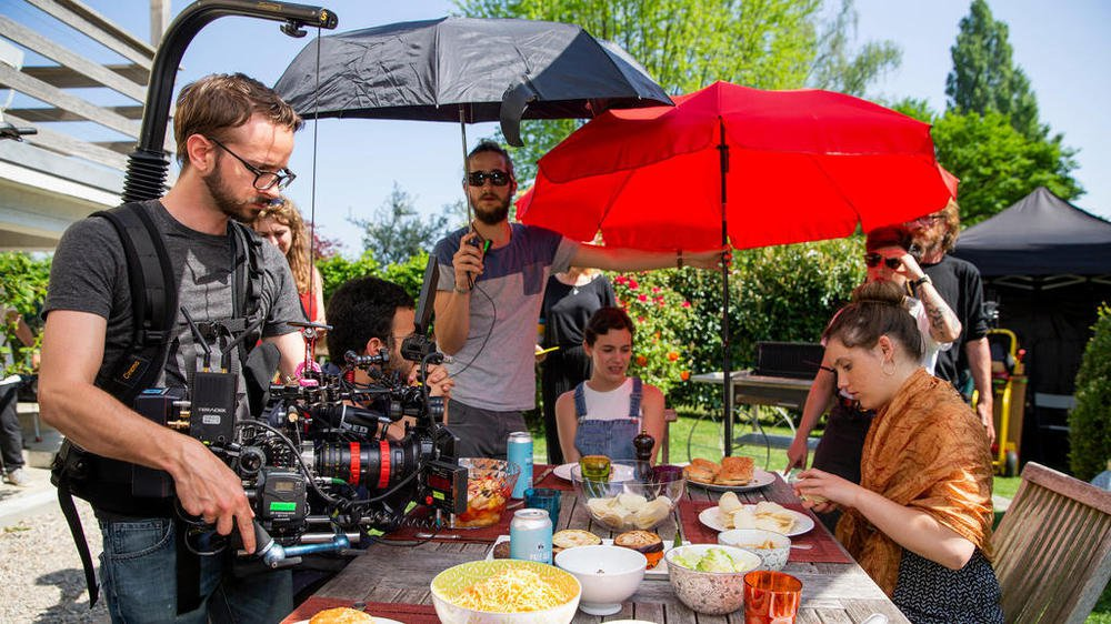 Le tournage a débuté dimanche à Préverenges avec des moyens lourds pour une websérie.