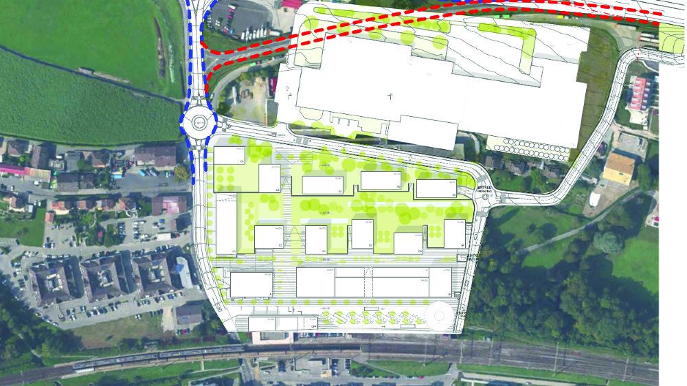 Le déplacement de la bretelle autoroutière actuelle (en rouge) plus au nord doit permettre à l'entreprise Schenk de construire ses nouvelles infrastructures industrielles. Mais on compte aujourd'hui une vingtaine d'oppositions, qui prendront du temps à être étudiées