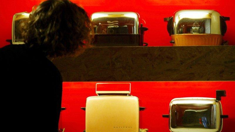 Les appareils retirés du marché concernent autant des grilles pain que des chargeurs de smartphone ou des imprimantes.