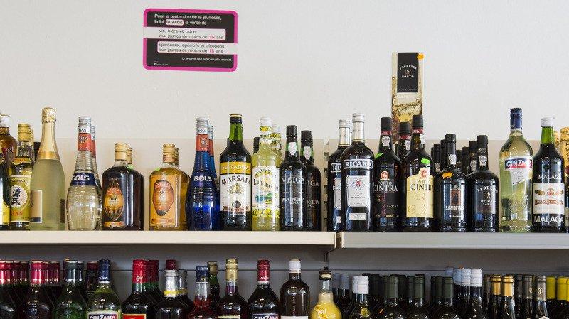 L'Ecosse a appliqué un prix minimum pour l'alcool