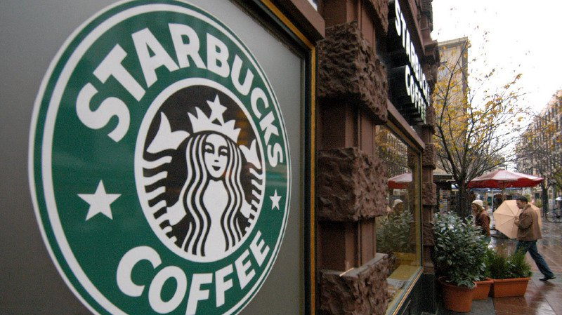 Starbucks recevra de Nestlé un paiement immédiat de 7,15 milliards de dollars.