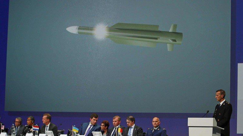 Le missile utilisé pour abattre un avion de la compagnie Malaysia Airlines en juillet 2014 au-dessus de l'est de l'Ukraine appartenait aux forces armées russes.