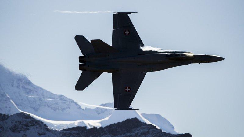 Armée: le peuple devrait se prononcer sur les 8 milliards pour la défense aérienne