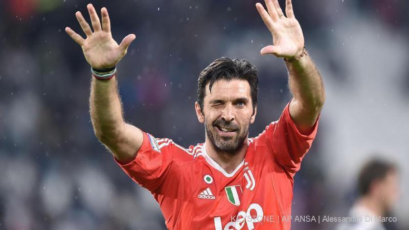 Gigi Buffon met un terme à sa carrière à 40 ans.