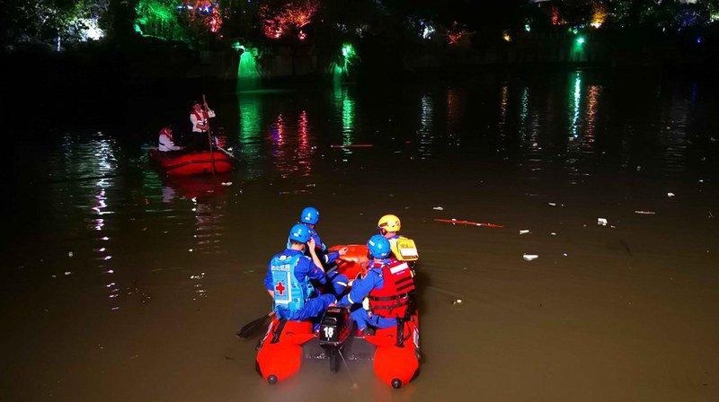 Chine: 17 morts dans un accident de bateaux-dragons