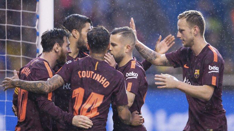 Football - Liga: le FC Barcelone champion d'Espagne pour la 25e fois après sa victoire 4-2 à La Corogne