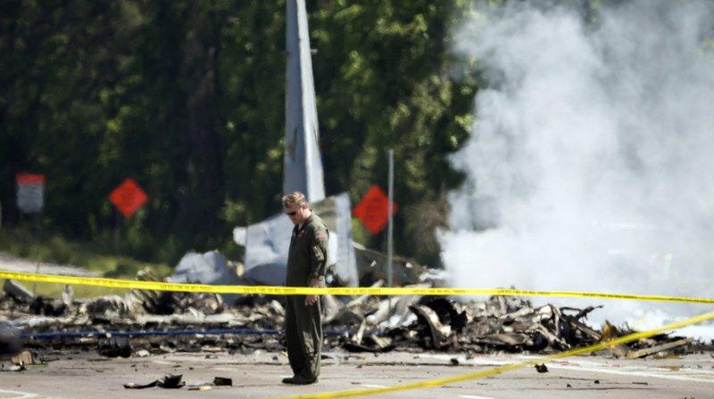 Les cinq membres d'équipage et quatre passagers ont été tués lors du crash.