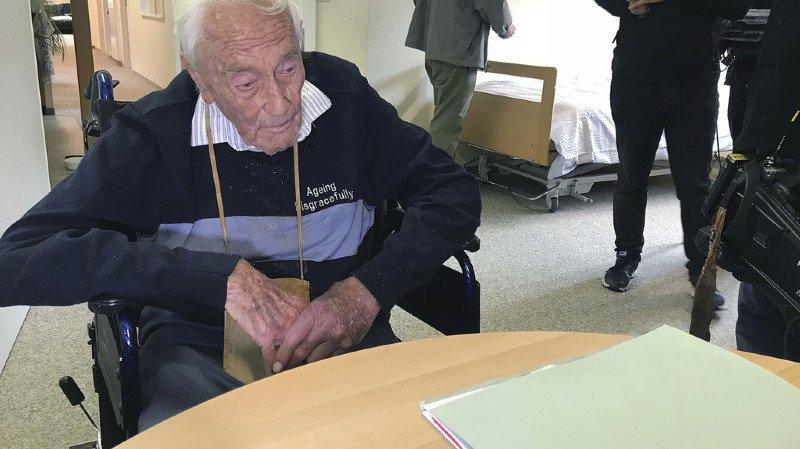 Suicide assisté: David Goodall, professeur australien de 104 ans, est mort ce jeudi à Bâle