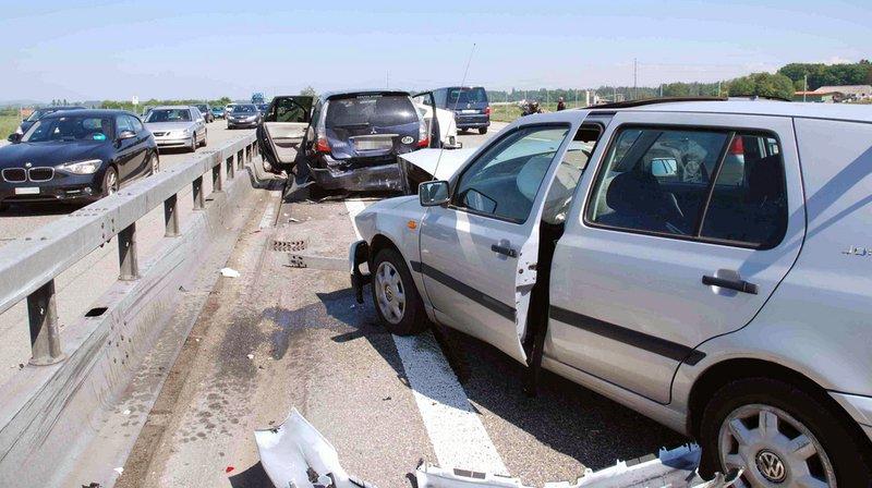 Carambolage: 15 véhicules impliqués dans 5 accidents sur l'autoroute A1 vendredi