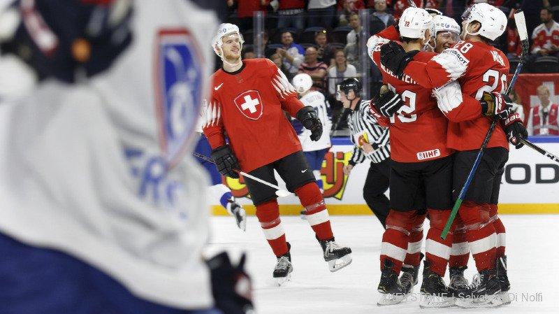 Hockey - Mondiaux 2018: la Suisse bat la France 5-1 et affrontera la Finlande jeudi, en quarts de finale