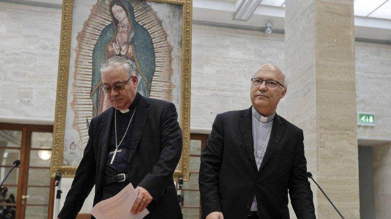 Eglise catholique: sur fond de scandale pédophile, les évêques chiliens démissionnent en bloc