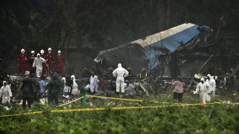 Une des boîtes noires du Boeing 737-200, qui s'est écrasé vendredi peu après son décollage à La Havane, a été retrouvée.