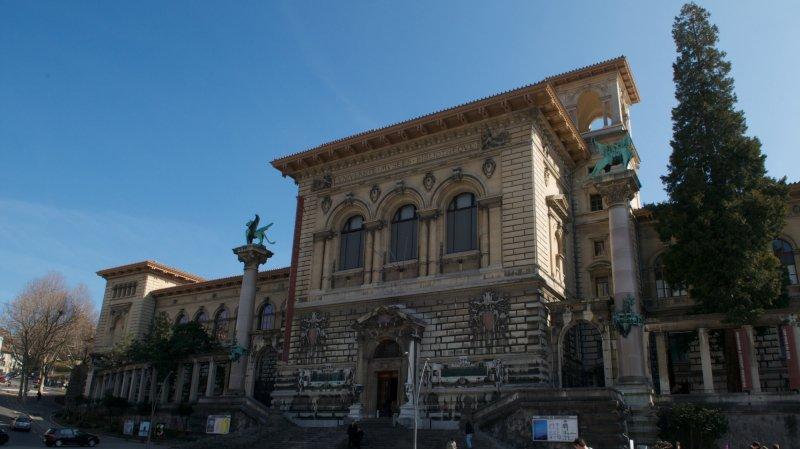 Le Palais de Rumine accueille une exposition qui convoque douze mondes.