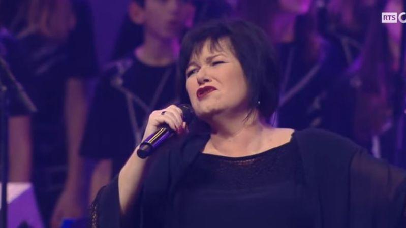 """La dernière apparition en Suisse de Maurane fut en décembre 2015, au spectacle """"Tous en choeur"""" dédié au parolier Luc Plamondon."""
