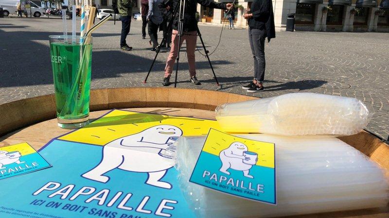 Neuchâtel veut être la première ville suisse à bannir les pailles en plastique des bistrots