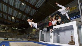 La patinoire de Morges se transforme... en trampoline!