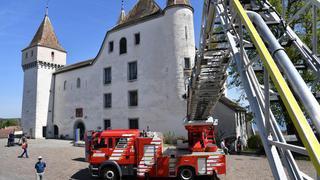 Pompiers d'hier et d'aujourd'hui en démonstration à Nyon
