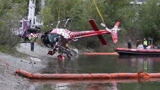 Valais: la carcasse de l'appareil d'Air Zermatt a été sortie de l'eau en fin d'après-midi