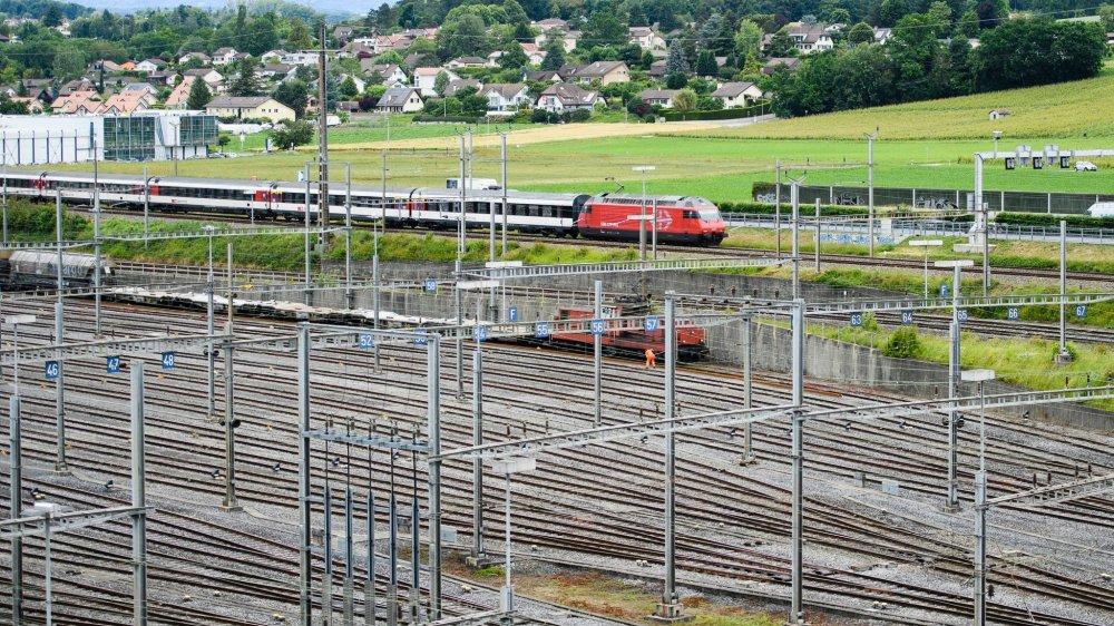 Un train à proximité de la gare de Lausanne.