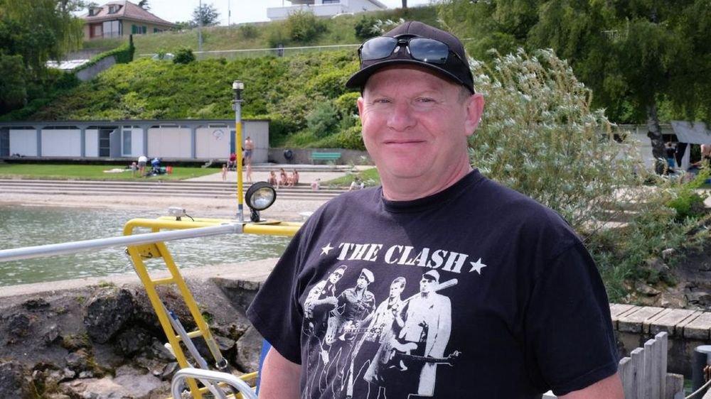 Dominique Godio mettait ses compétences de plongeur au service de l'opération de nettoyage Net'Léman quand il s'est retrouvé face à un obus immergé.