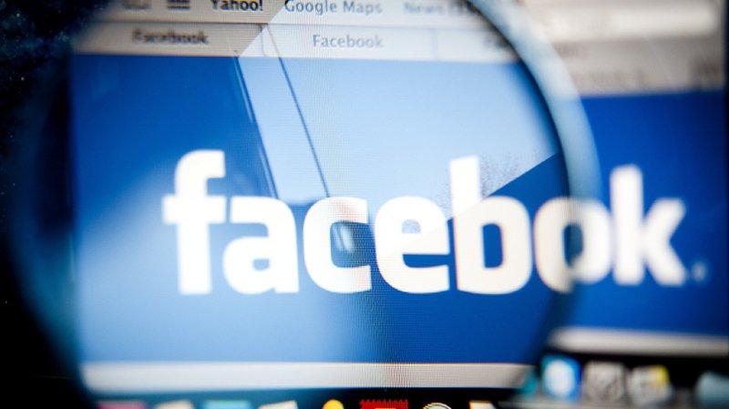 Les plus jeunes se détournent toujours plus de Facebook, selon un sondage