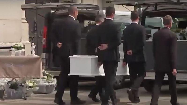 France: des funérailles publiques pour la petite Maëlys 9 mois après sa mort