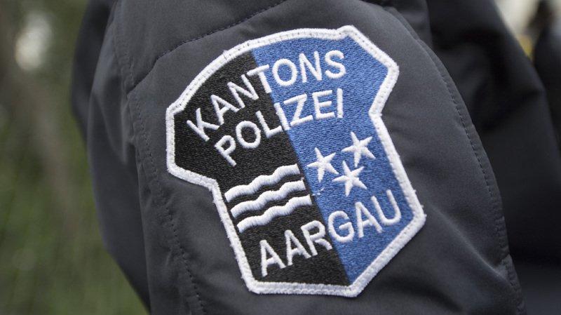 Le trafiquant présumé et la drogue ont été transmis à la police argovienne pour les besoins de l'enquête. (illustration)