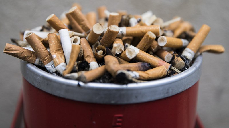 La Suisse a signé la Convention-cadre sur la lutte contre le tabac (FCTC), mais elle fait partie de la dizaine de pays qui ne l'ont pas ratifiée. (illustration)