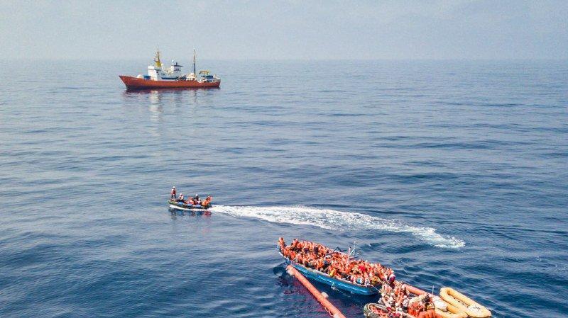 Méditerranée: la Corse propose d'accueillir l'Aquarius et ses 629 migrants dont l'Italie ne veut pas