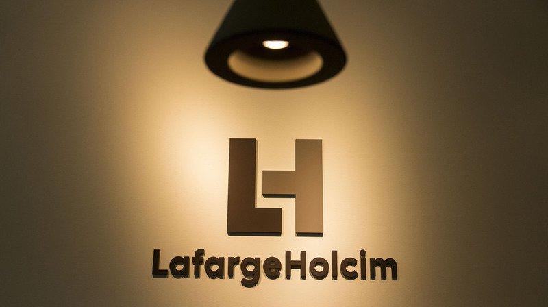 Le géant du ciment LafargeHolcim ferme ses sites de Zurich et Paris, 200 postes passent à la trappe