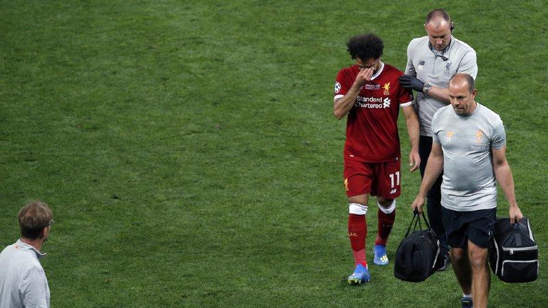 Salah n'a pas pu retenir ses larmes en quittant la pelouse.