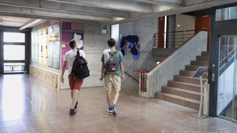 Education: les étudiants suisses font toujours plus d'échanges scolaires