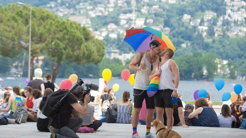 Lugano: la première Pride de Suisse italienne a attiré de nombreux Romands