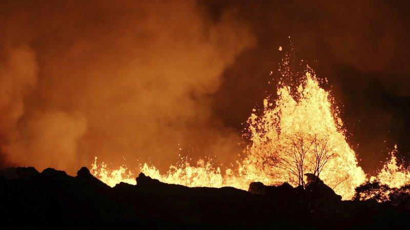 Hawaï: des centaines de maisons détruites par la lave du volcan Kilauea
