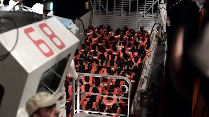 Méditerranée: l'Espagne va accueillir le navire Aquarius et ses 629 migrants
